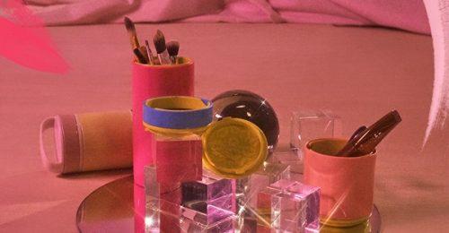 18f53480c Maquiagem. Melissa Beauty Bag um Porta Pincéis estiloso
